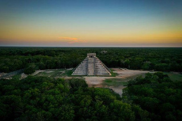 Ngày tận thế 2021 và thuyết âm mưu liên quan đến người Maya