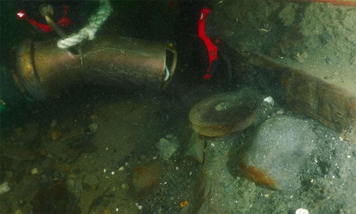 Nghiên cứu xác tàu đắm từ thế kỷ 18