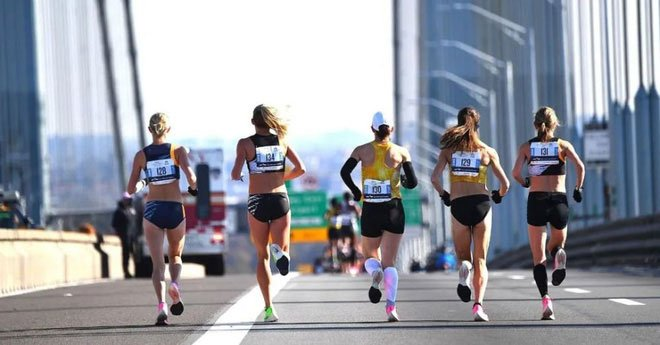 Ngồi một chỗ vẫn có thể giảm cân, môn thể thao trí óc này đốt mỡ như chạy marathon