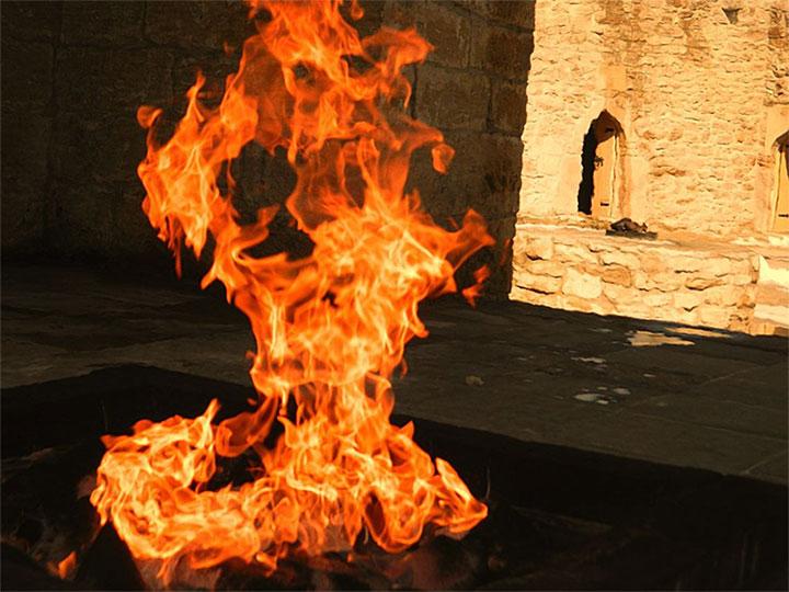 Ngọn lửa địa ngục: Cháy được 4000 năm và không hề có dấu hiệu sẽ ngừng lại
