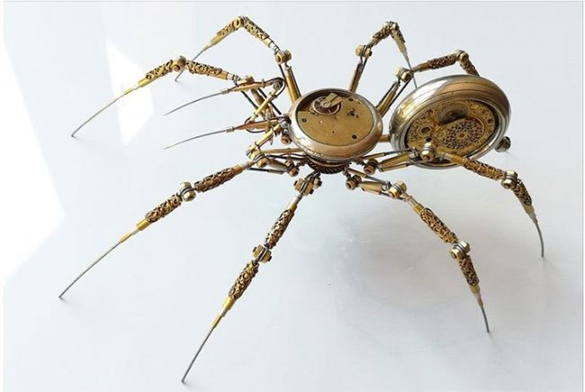 Người đàn ông biến mọi thiết bị cơ khí cổ điển thành... nhện