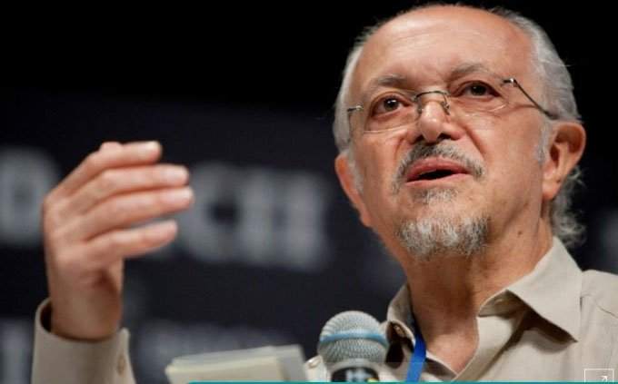 Người đoạt giải Nobel Hóa học cứu Trái đất qua đời