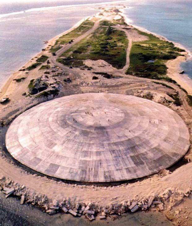 """Nguy cơ """"quan tài hạt nhân"""" trên đại dương rò rỉ gây thảm họa"""