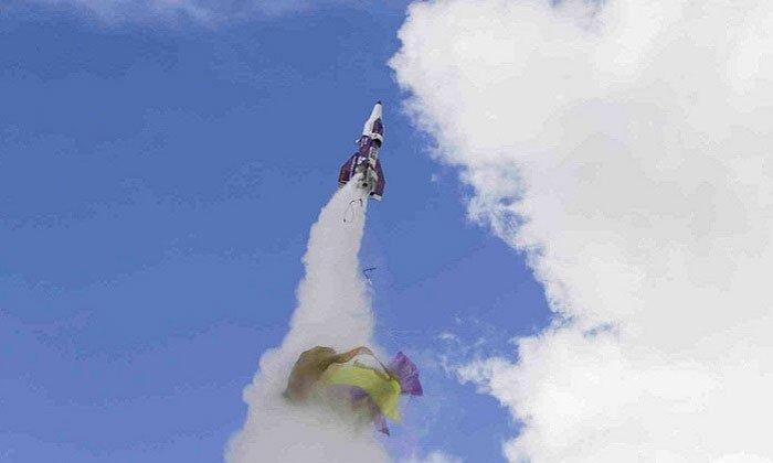 Nhà khoa học điên tử nạn vì tên lửa tự chế