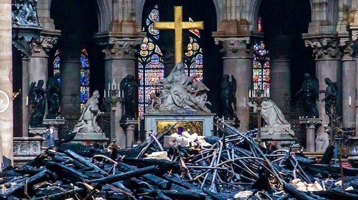 Nhà thờ Đức Bà Paris sẽ được xây dựng lại thế nào?