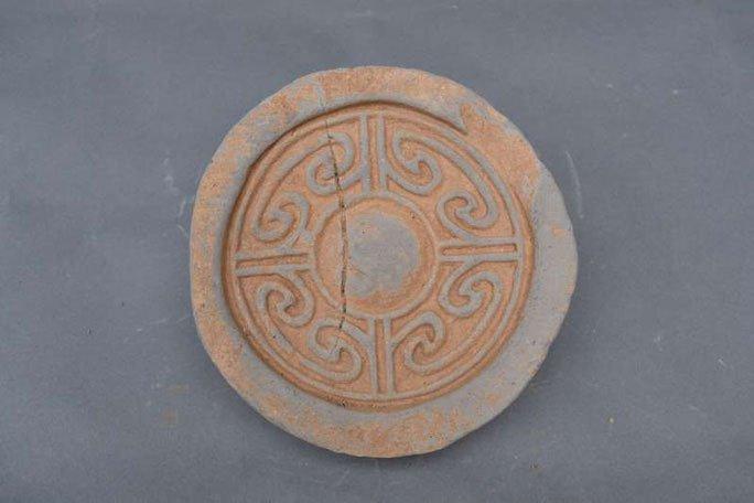 Nhặt chậu đất, tìm ra kho báu: Cung điện mộ cổ của hoàng đế 1.800 tuổi