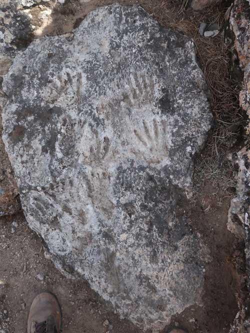 Nhóm khảo cổ tìm thấy tác phẩm nghệ thuật cổ xưa nhất lịch sử loài người