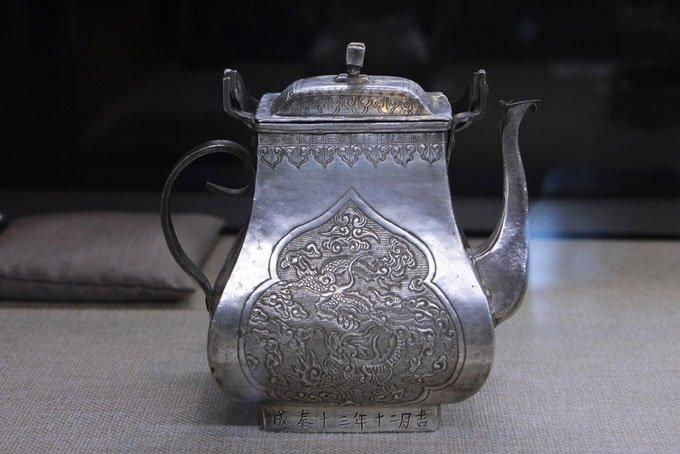 Những cổ vật do Quan xưởng triều Nguyễn chế tác