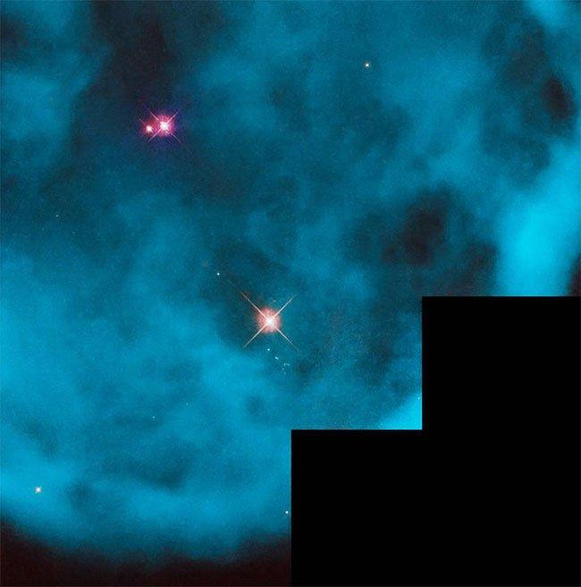 Những hình ảnh vũ trụ ấn tượng chụp bởi kính viễn vọng Hubble