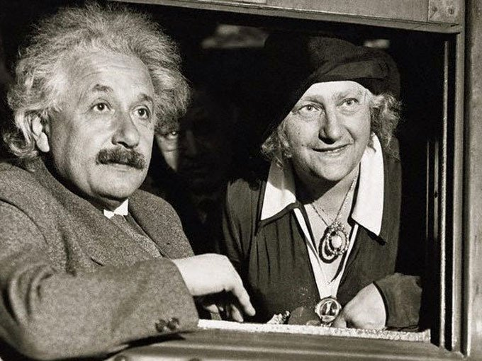 Những lần sai của Einstein