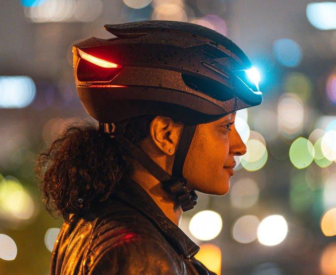 Những món đồ công nghệ khiến con người như đang ở tương lai