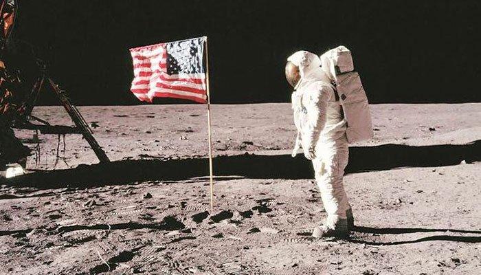 Những người hy sinh cho thành công của chương trình Apollo