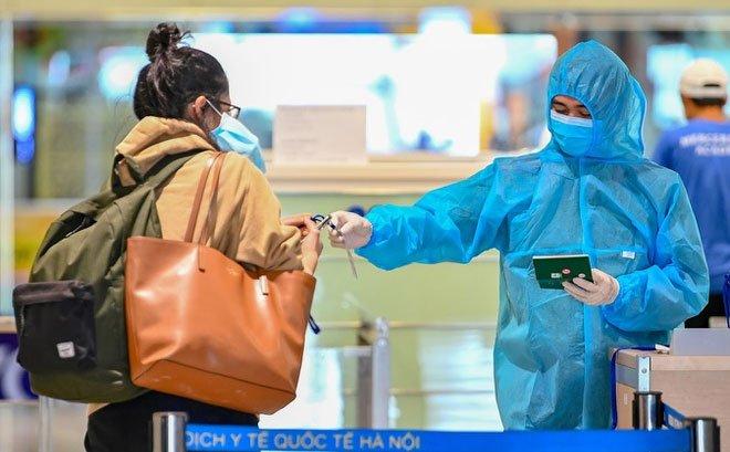 Những người phải tự trả chi phí khi nhập cảnh vào Việt Nam