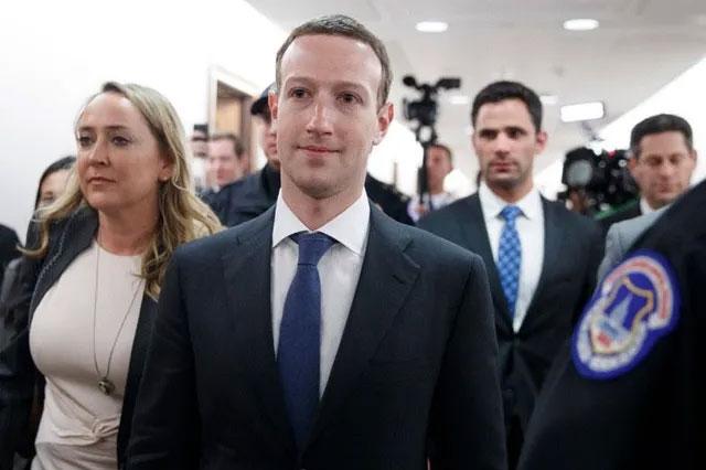 """Những thói quen """"quái dị"""" của các tỷ phú công nghệ"""