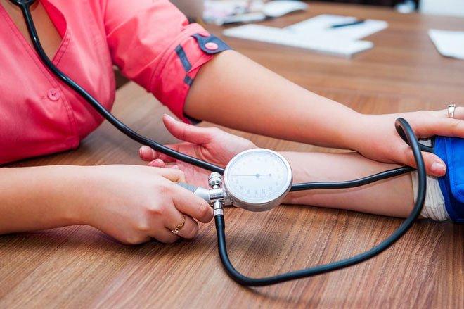 Những triệu chứng cảnh báo tình trạng chảy máu trong mà bạn không ngờ đến