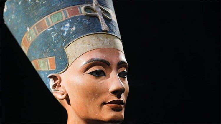 Nữ hoàng Ai Cập bị giấu trong mật thất của mộ người khác?