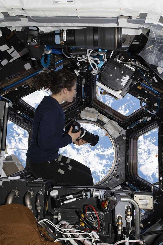 Nữ phi hành gia NASA lập kỷ lục làm việc lâu nhất trên vũ trụ là ai?