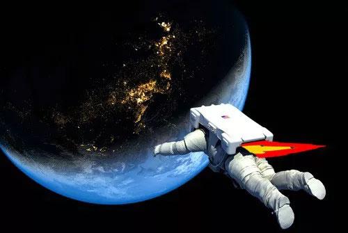 Ợ hơi trong vũ trụ - câu chuyện kinh dị còn hơn cả khi phi hành gia đến tháng