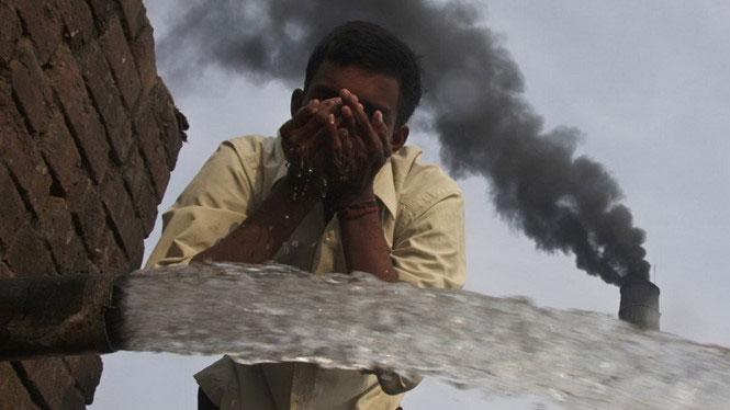 Ô nhiễm không khí gây tổn thọ hơn cả thuốc lá, chiến tranh và HIV/AIDS