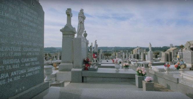 Ớn lưng khi tới thành phố nơi người chết nhiều hơn người sống