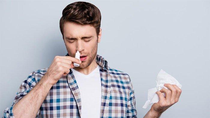 Oxford-AstraZeneca bắt đầu thử nghiệm vaccine xịt mũi ngừa Covid-19