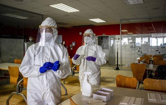 Phát hiện biến chủng SARS-CoV-2 mới trong phòng thí nghiệm