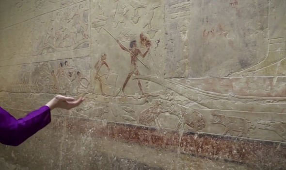 """""""Phát hiện độc nhất vô nhị"""" bên trong lăng mộ kim tự tháp của pharaoh Ai Cập"""