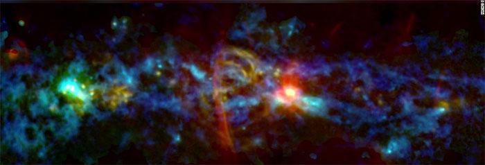 Phát hiện mới của NASA về nơi thai nghén các vì sao giữa Dải Ngân hà