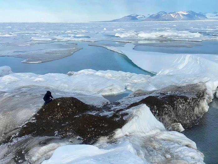 Phát hiện mới về hòn đảo xa đất liền nhất thế giới ở Bắc Cực