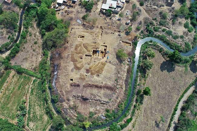 Phát hiện ngôi đền cự thạch 3.000 năm tuổi ở Peru