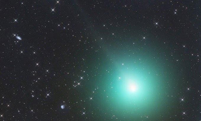 Phát hiện sao chổi chứa lượng cồn cực cao trong vũ trụ
