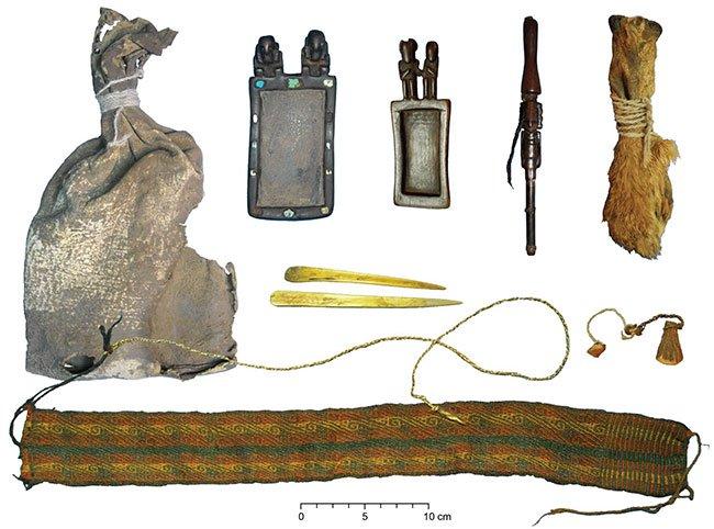 Phát hiện túi ma dược ngàn năm trong mộ cổ