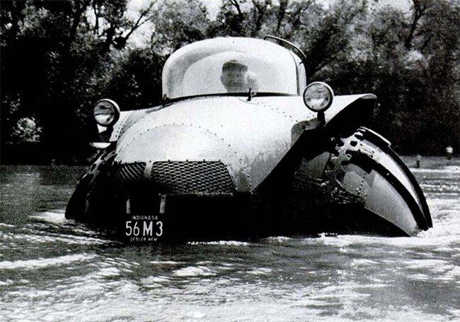 Phát minh xe lưỡng cư 5 tấn ra đời cách đây 70 năm