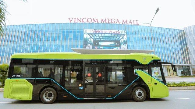 Review siêu chân thật tuyến xe buýt điện đầu tiên tại Hà Nội