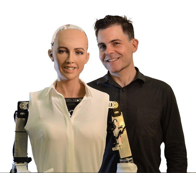 Robot đầu tiên có quyền công dân từng nói hủy diệt loài người sắp có thêm em