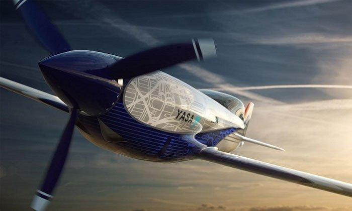 Roll-Royce thử nghiệm máy bay điện nhanh nhất thế giới