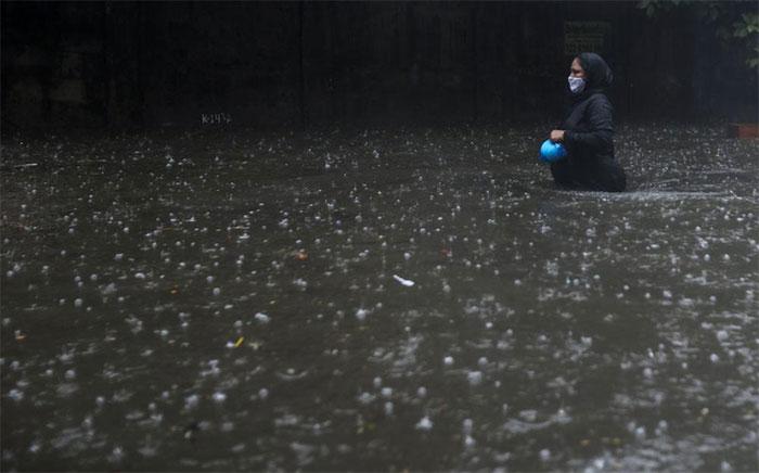 Siêu bão mạnh nhất 20 năm tấn công Ấn Độ