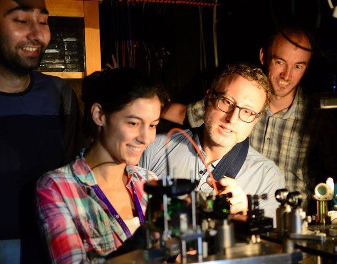 Siêu kính hiển vi giúp quan sát những thứ con người chưa từng thấy