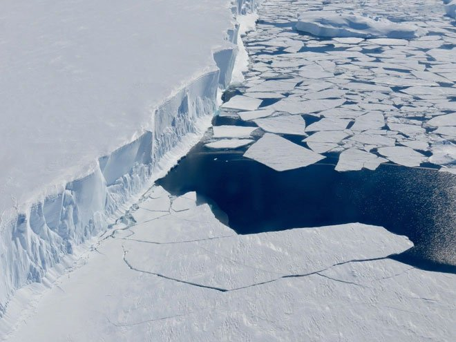 Sông băng ngày tận thế tan nhanh bất thường
