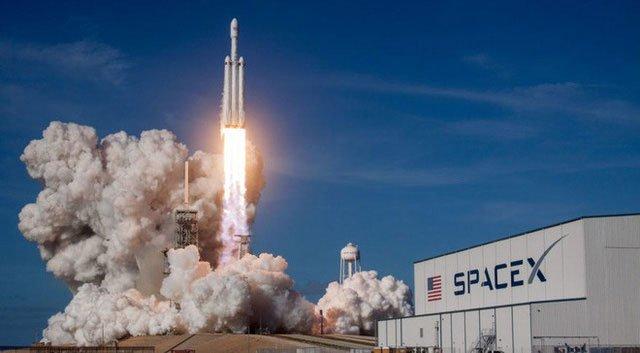 SpaceX chế tạo tên lửa có thể ship hàng đến bất kỳ nơi nào trên Trái đất trong 60 phút