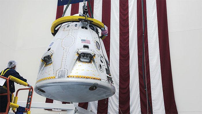SpaceX thử nghiệm tàu con thoi Crew Dragon có tới 8 động cơ