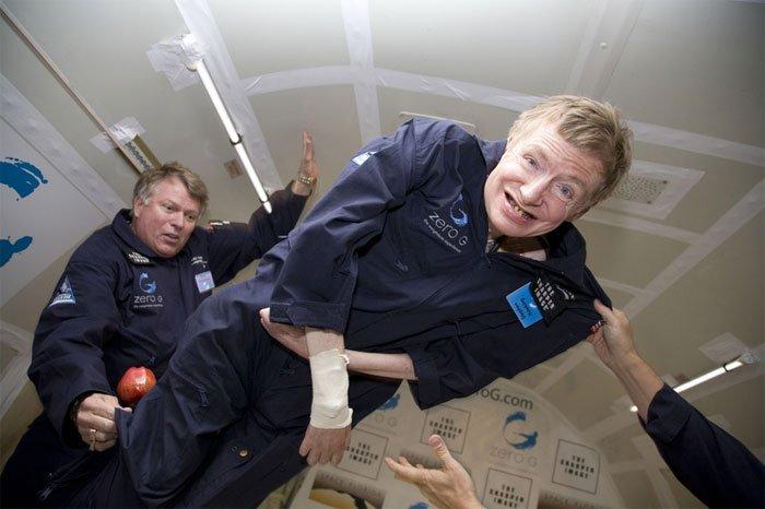 Stephen Hawking cho rằng: Trước Big Bang, thời gian không tồn tại