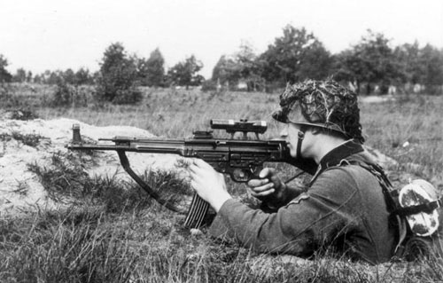 Stg-44 - Loại súng uy lực từng bị Hitler hắt hủi nhưng lại vô cùng đáng sợ