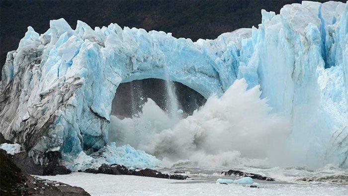 Sự sụp đổ của sông băng ở nơi tận cùng Trái đất