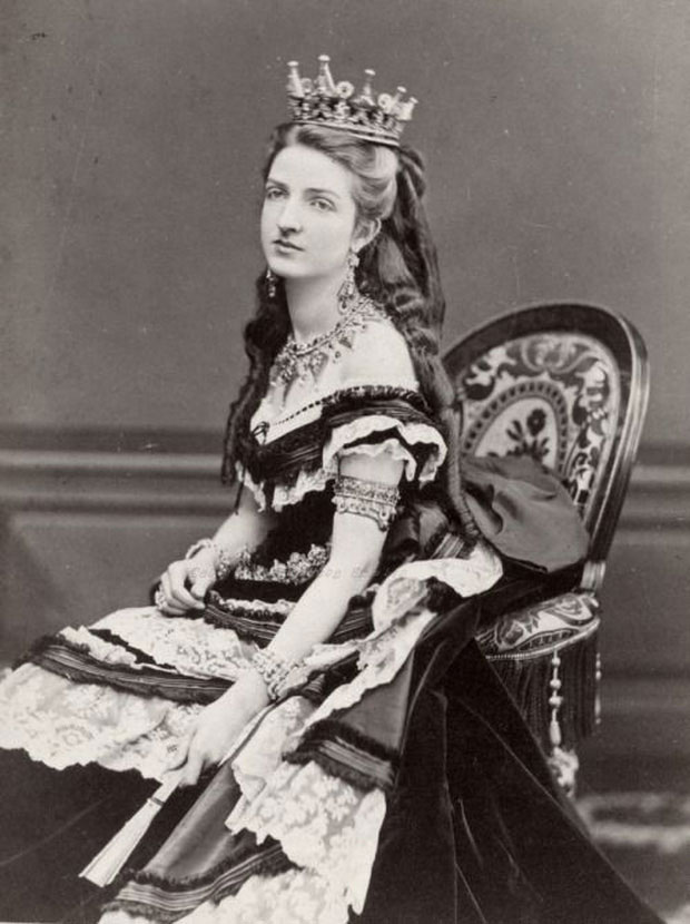Sự thật bất ngờ: Người đầu tiên đặt giao bánh pizza cách đây hơn 100 năm là một nữ hoàng