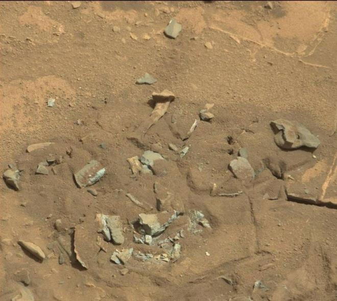 Sự thật về bức ảnh xương người ở bề mặt Hỏa Tinh