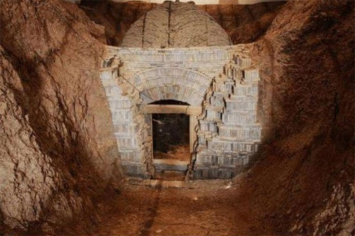 Sự thật về lọ thuốc tìm thấy trong mộ cổ ngàn năm khiến các chuyên gia kinh hãi