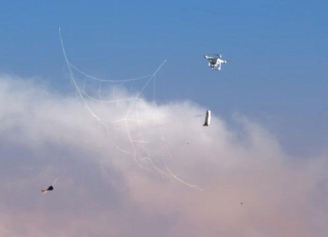 Súng bắn flycam hoạt động như thế nào?