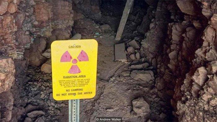Sửng sốt những sản phẩm chứa phóng xạ kỳ quái