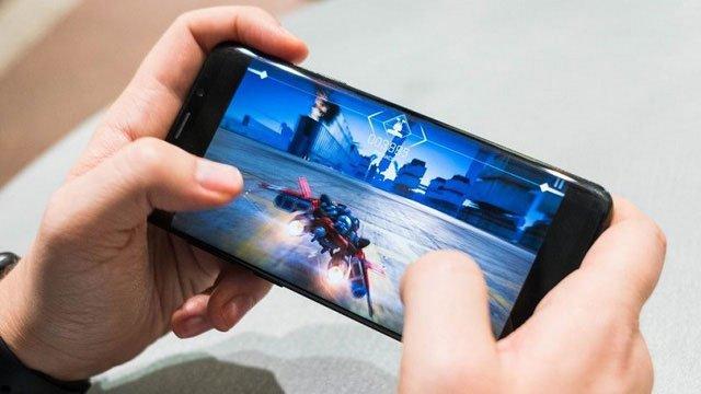 Tại sao bạn không nên chơi game trên điện thoại mỗi khi cảm thấy nhàm chán?